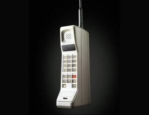 Quién inventó el celular